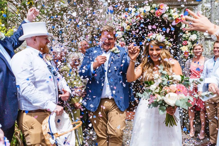 Lusty Glaze wedding, Confetti at the church, Cornwall wedding